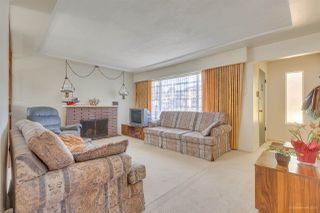 Photo 2: 550 E 58TH Avenue in Vancouver: South Vancouver House for sale (Vancouver East)  : MLS®# R2501108