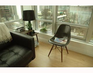 "Photo 4: 989 NELSON Street in Vancouver: Downtown VW Condo for sale in ""THE ELECTRA"" (Vancouver West)  : MLS®# V639225"