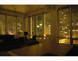 "Photo 9: 989 NELSON Street in Vancouver: Downtown VW Condo for sale in ""THE ELECTRA"" (Vancouver West)  : MLS®# V639225"