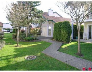 "Photo 10: 8972 FLEETWOOD Way in Surrey: Fleetwood Tynehead Townhouse for sale in ""PARKRIDGE GARDENS"" : MLS®# F2708764"