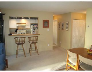 """Photo 9: E204 623 W 14TH Avenue in Vancouver: Fairview VW Condo for sale in """"CONNAUGHT ESTATES"""" (Vancouver West)  : MLS®# V679414"""