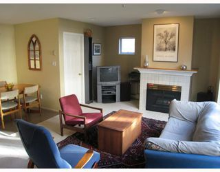 """Photo 2: E204 623 W 14TH Avenue in Vancouver: Fairview VW Condo for sale in """"CONNAUGHT ESTATES"""" (Vancouver West)  : MLS®# V679414"""
