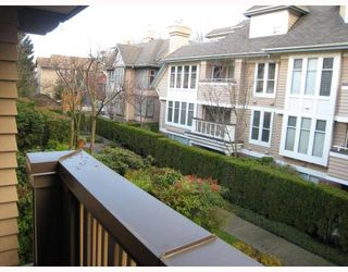 """Photo 10: E204 623 W 14TH Avenue in Vancouver: Fairview VW Condo for sale in """"CONNAUGHT ESTATES"""" (Vancouver West)  : MLS®# V679414"""