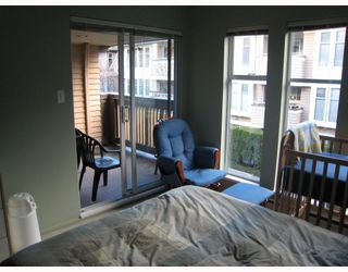 """Photo 6: E204 623 W 14TH Avenue in Vancouver: Fairview VW Condo for sale in """"CONNAUGHT ESTATES"""" (Vancouver West)  : MLS®# V679414"""