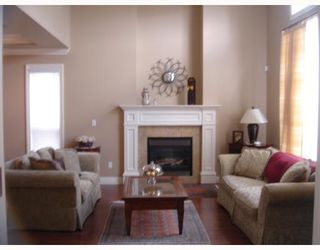 Photo 3: 8531 ELSMORE Road in Richmond: Seafair House for sale : MLS®# V683384