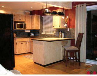 """Photo 2: 16170 SPRINGSIDE Court in Surrey: Fraser Heights House for sale in """"Fraser Glen"""" (North Surrey)  : MLS®# F2801624"""