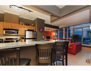 """Photo 6: 2203 1420 W GEORGIA Street in Vancouver: West End VW Condo for sale in """"THE GEORGE"""" (Vancouver West)  : MLS®# V688392"""