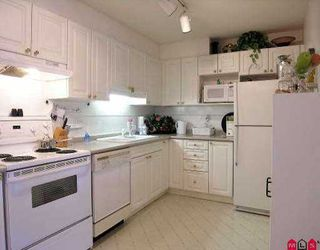 "Photo 2: 408 9688 148TH ST in Surrey: Guildford Condo for sale in ""HARTFORD WOODS"" (North Surrey)  : MLS®# F2612435"