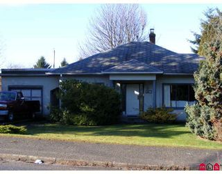 "Photo 1: 11043 136TH Street in Surrey: Bolivar Heights House for sale in ""Bolivar Heights"" (North Surrey)  : MLS®# F2803978"