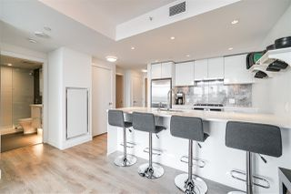 Photo 3: 806 8538 RIVER DISTRICT Crossing in Vancouver: South Marine Condo for sale (Vancouver East)  : MLS®# R2401650