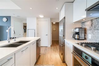 Photo 5: 806 8538 RIVER DISTRICT Crossing in Vancouver: South Marine Condo for sale (Vancouver East)  : MLS®# R2401650