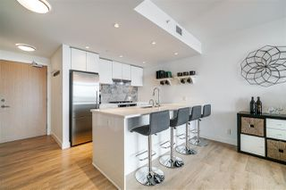 Photo 2: 806 8538 RIVER DISTRICT Crossing in Vancouver: South Marine Condo for sale (Vancouver East)  : MLS®# R2401650