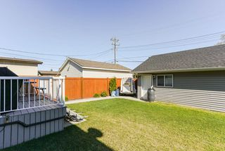 Photo 30: 7410 81 Avenue in Edmonton: Zone 17 House Half Duplex for sale : MLS®# E4172843
