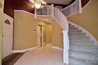 Photo 4: 2015 WINTER Crescent in Coquitlam: Central Coquitlam House for sale : MLS®# R2413725
