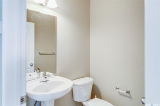 Photo 4: 231 Rutherford Crescent in Saskatoon: Sutherland Residential for sale : MLS®# SK793482