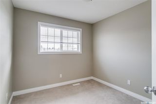 Photo 15: 231 Rutherford Crescent in Saskatoon: Sutherland Residential for sale : MLS®# SK793482