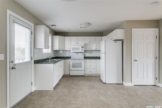 Photo 7: 231 Rutherford Crescent in Saskatoon: Sutherland Residential for sale : MLS®# SK793482