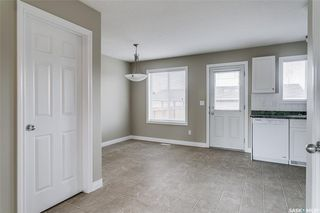 Photo 6: 231 Rutherford Crescent in Saskatoon: Sutherland Residential for sale : MLS®# SK793482