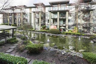 "Photo 16: 205 7488 BYRNEPARK Walk in Burnaby: South Slope Condo for sale in ""GREEN by Adera"" (Burnaby South)  : MLS®# R2432140"