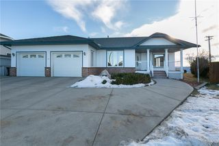 Photo 2: 124 Harrison Court: Crossfield Detached for sale : MLS®# C4285577