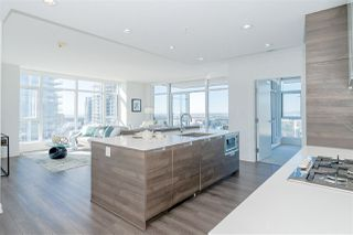 """Photo 6: 3301 4688 KINGSWAY in Burnaby: Metrotown Condo for sale in """"STATION SQUARE"""" (Burnaby South)  : MLS®# R2446499"""