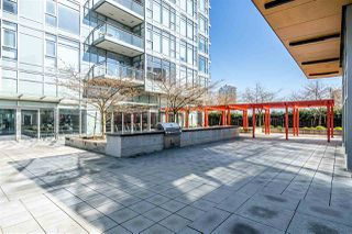 """Photo 17: 3301 4688 KINGSWAY in Burnaby: Metrotown Condo for sale in """"STATION SQUARE"""" (Burnaby South)  : MLS®# R2446499"""