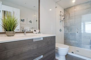 """Photo 14: 3301 4688 KINGSWAY in Burnaby: Metrotown Condo for sale in """"STATION SQUARE"""" (Burnaby South)  : MLS®# R2446499"""