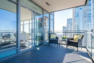 """Photo 15: 3301 4688 KINGSWAY in Burnaby: Metrotown Condo for sale in """"STATION SQUARE"""" (Burnaby South)  : MLS®# R2446499"""
