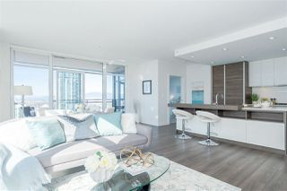 """Photo 5: 3301 4688 KINGSWAY in Burnaby: Metrotown Condo for sale in """"STATION SQUARE"""" (Burnaby South)  : MLS®# R2446499"""