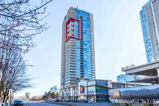 """Photo 3: 3301 4688 KINGSWAY in Burnaby: Metrotown Condo for sale in """"STATION SQUARE"""" (Burnaby South)  : MLS®# R2446499"""