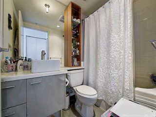 """Photo 18: 2905 33 SMITHE Street in Vancouver: Yaletown Condo for sale in """"COOPERS LOOKOUT"""" (Vancouver West)  : MLS®# R2455712"""