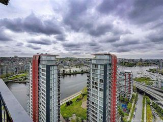 """Photo 19: 2905 33 SMITHE Street in Vancouver: Yaletown Condo for sale in """"COOPERS LOOKOUT"""" (Vancouver West)  : MLS®# R2455712"""