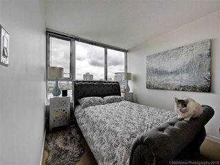 """Photo 16: 2905 33 SMITHE Street in Vancouver: Yaletown Condo for sale in """"COOPERS LOOKOUT"""" (Vancouver West)  : MLS®# R2455712"""