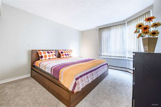 Photo 7: 305 15111 RUSSELL Avenue: White Rock Condo for sale (South Surrey White Rock)  : MLS®# R2461834