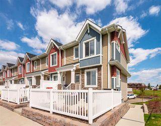 Photo 2: 11 1508 105 Street in Edmonton: Zone 16 Townhouse for sale : MLS®# E4201929