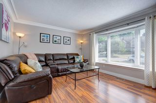 Photo 3: 540 Camelot Drive in Oshawa: Eastdale House (2-Storey) for sale : MLS®# E4812018