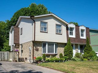 Photo 1: 540 Camelot Drive in Oshawa: Eastdale House (2-Storey) for sale : MLS®# E4812018