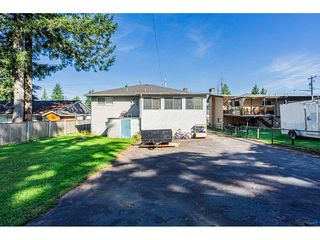 Photo 4: 14028 GROSVENOR Road in Surrey: Whalley House for sale (North Surrey)  : MLS®# R2475167