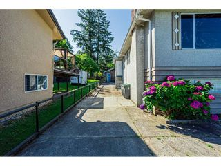 Photo 3: 14028 GROSVENOR Road in Surrey: Whalley House for sale (North Surrey)  : MLS®# R2475167