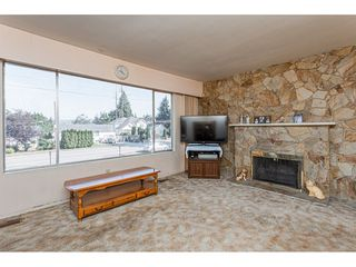 Photo 6: 14028 GROSVENOR Road in Surrey: Whalley House for sale (North Surrey)  : MLS®# R2475167
