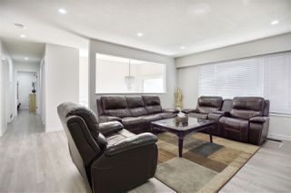 Photo 4: 13121 92 Avenue in Surrey: Queen Mary Park Surrey House for sale : MLS®# R2475732