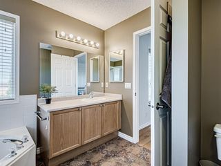 Photo 10: 127 WEST SPRINGS Close SW in Calgary: West Springs Detached for sale : MLS®# A1034382