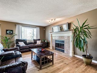 Photo 2: 127 WEST SPRINGS Close SW in Calgary: West Springs Detached for sale : MLS®# A1034382