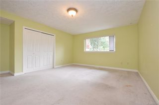 Photo 10: 2384 Fleetwood Crt in : La Florence Lake House for sale (Langford)  : MLS®# 860735