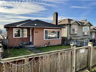 Main Photo: 882 E 63 Avenue in Vancouver: South Vancouver House for sale (Vancouver East)  : MLS®# R2531713