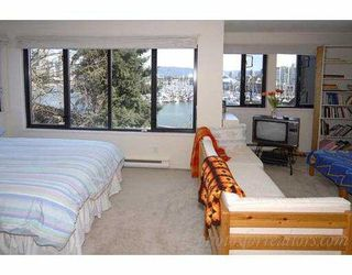"""Photo 7: 834 MILLBANK BB in Vancouver: False Creek Townhouse for sale in """"HEATHER POINT"""" (Vancouver West)  : MLS®# V638962"""
