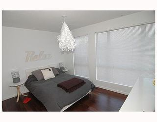 Photo 5: 137 ALEXANDER Street in Vancouver: Downtown VE Townhouse for sale (Vancouver East)  : MLS®# V654498