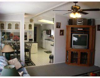 Photo 2: 480 AUGIER in WINNIPEG: Westwood / Crestview Residential for sale (West Winnipeg)  : MLS®# 2801636