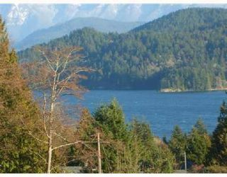 Photo 1: # 3 728 GIBSONS WY in Gibsons: Condo for sale : MLS®# V685210