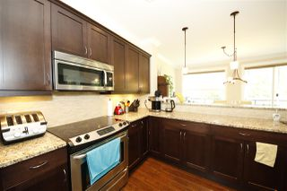 """Photo 9: 39070 KINGFISHER Road in Squamish: Brennan Center House for sale in """"THE MAPLES AT FINTREY PARK"""" : MLS®# R2400268"""